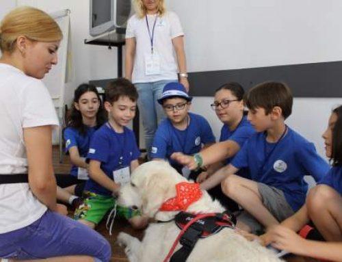 Terapia cu animale – atelier in premieră la Facultatea de Sociologie și Asistență Socială